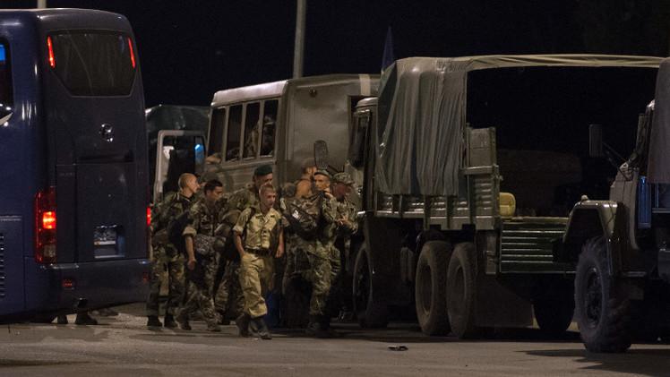 منظمة الأمن والتعاون: نأمل في أن يعود 54 عسكريا أوكرانيا من روسيا إلى وطنهم قريبا (فيديو)