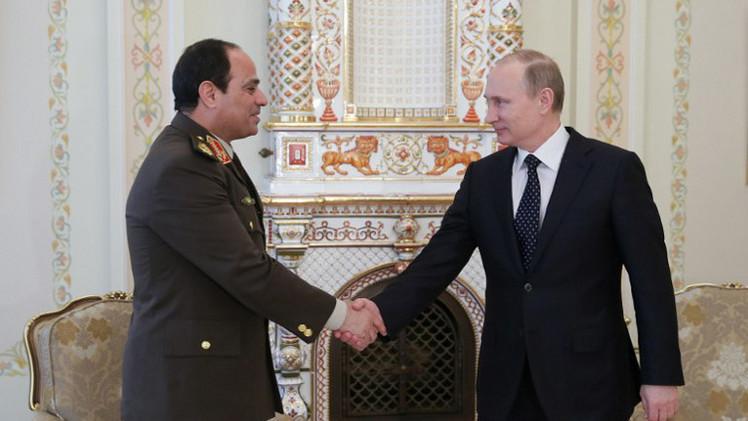 بوتين يشيد بالجهود المصرية الرامية إلى تطبيع الوضع في غزة