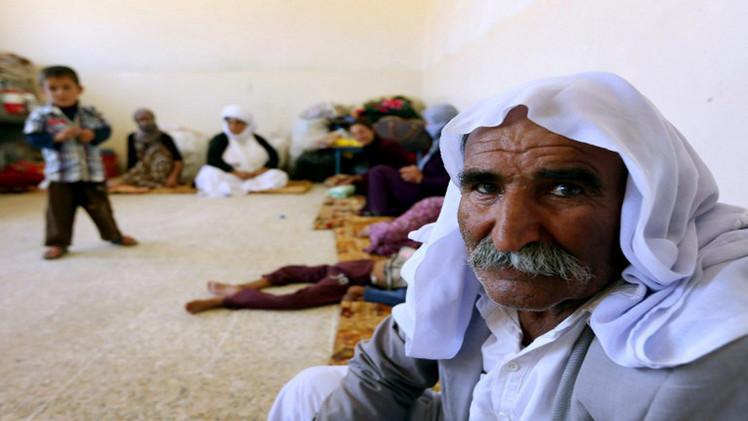 الدولة الإسلامية تخيّر 300 أسرة إيزيدية بالعراق بين الإسلام والموت