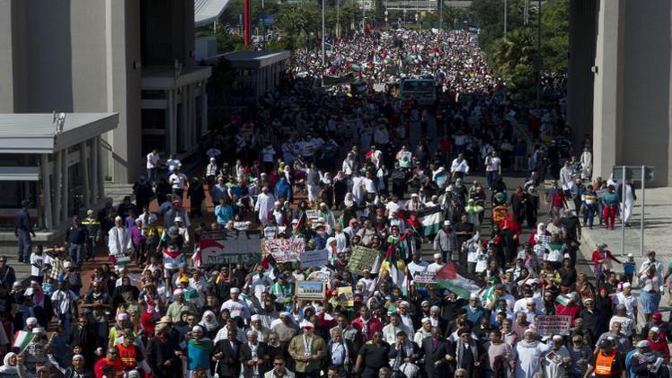 عشرات الآلاف يتظاهرون في جنوب إفريقيا من أجل غزة