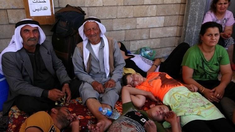 بريطانيا تبدأ بإيصال المساعدات الإنسانية إلى العراق (فيديو)