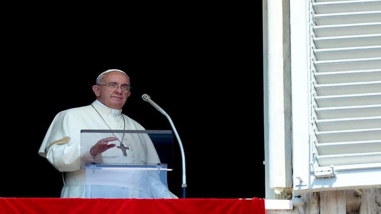 البابا: العنف في العراق يسيء لله وللبشرية