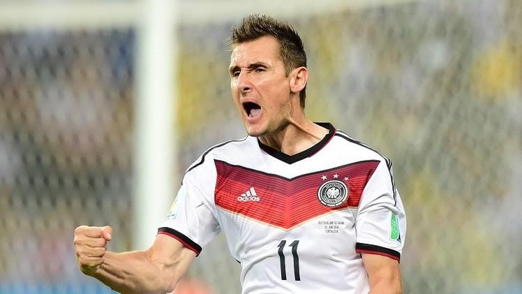 الهداف التاريخي لكأس العالم الألماني كلوزه يعتزل اللعب الدولي