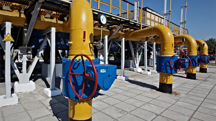 كييف تتعهد بضمان إمدادات الغاز الروسي إلى أوروبا