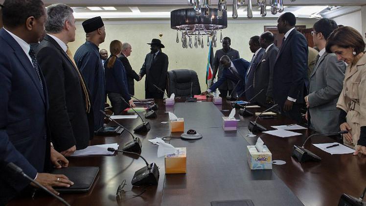 مجلس الأمن الدولي يهدد بفرض عقوبات على طرفي النزاع في جنوب السودان
