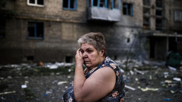 مقتل مدنيين اثنين و11 عسكريا في معارك بشرق أوكرانيا