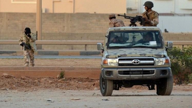 مقتل 5 أشخاص في اشتباكات غرب العاصمة الليبية