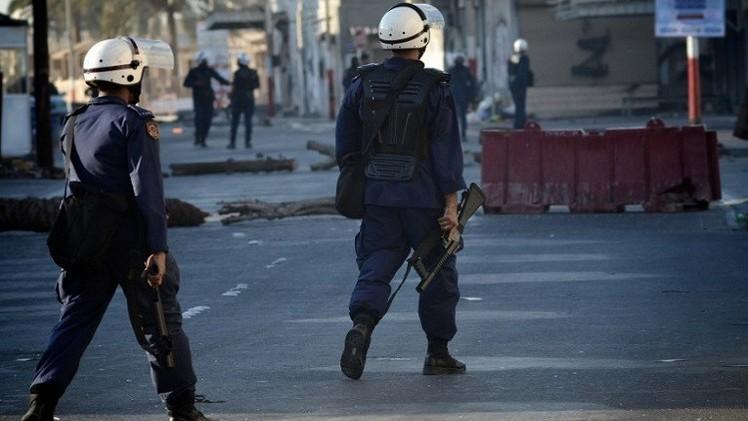 الحكم بالمؤبد على 14 بحرينيا بتهمة قتل شرطي