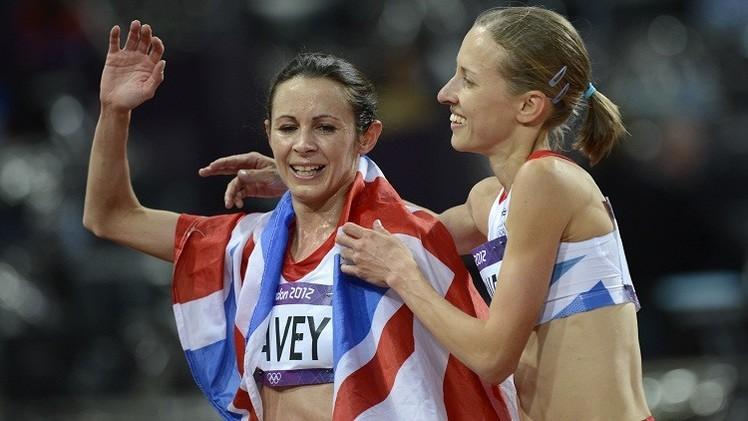 عداءة بريطانية تبلغ من العمر 40 عاما تتوج بطلة لأوروبا لسباق 10000 م