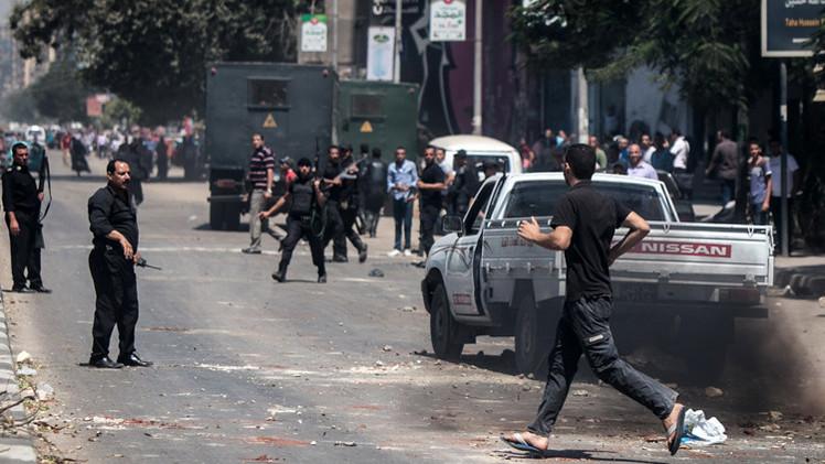 مقتل 5 أشخاص في اشتباكات بين الإخوان وقوات الأمن المصرية