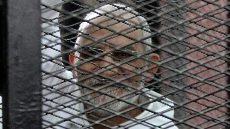 تأجيل محاكمة بديع  و50 من قيادات الإخوان الى 3 سبتمبر