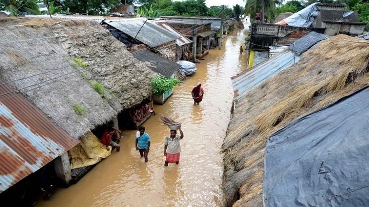 الأمطار الموسمية تغمر 200 قرية هندية وتقتل 21 على الأقل