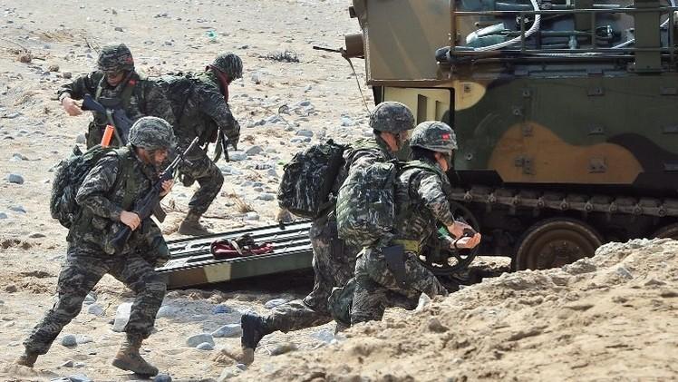 انطلاق مناورات عسكرية كورية جنوبية أمريكية جنوب شبه الجزيرة الكورية