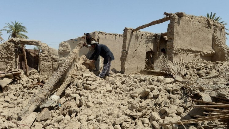 250 جريحا إثر زلزال بقوة 6,1 درجات غرب إيران  (فيديو)