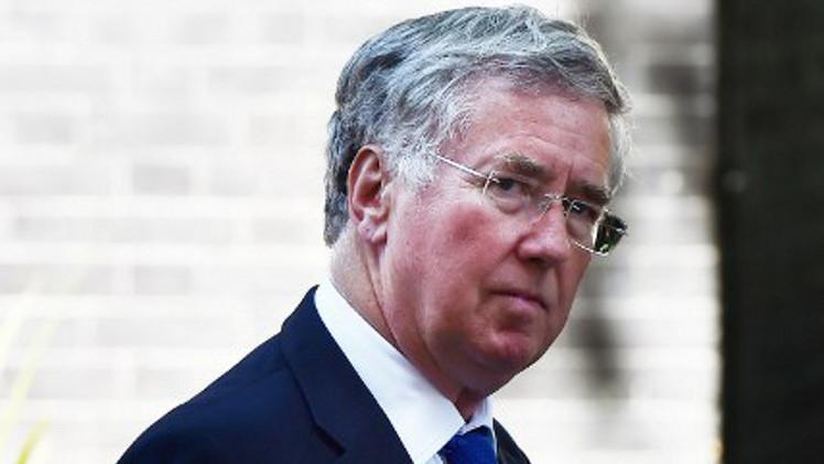 وزير الدفاع البريطاني يؤكد أن دور بلاده فى العراق يتجاوز المهمة الإنسانية