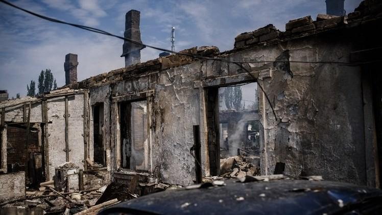 كييف: العثور على 15 جثة في مكان الهجوم على قافلة للنازحين في شرق أوكرانيا