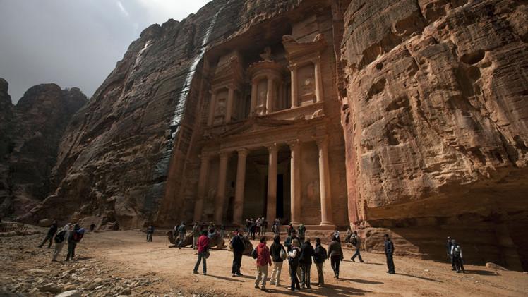 السياحة تدر على الأردن 2.5 مليار دولار في 7 أشهر
