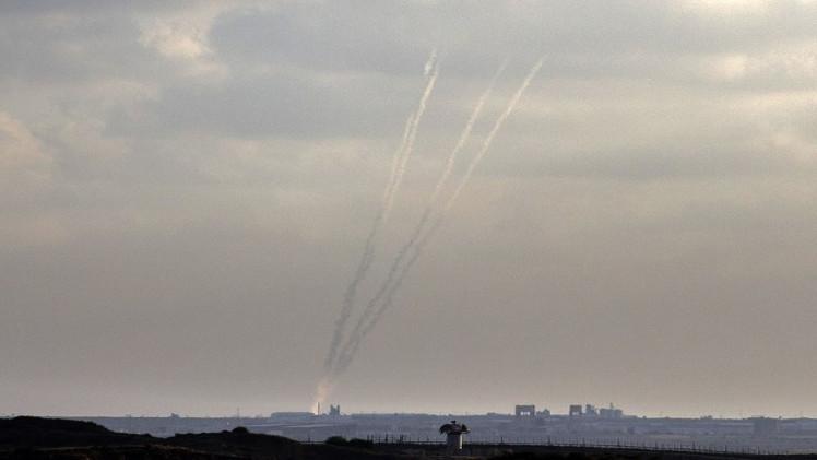 مقتل فلسطينيتين وإصابة 16 آخرين في غارة إسرائيلية شمال غزة