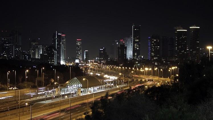 مراسلتنا: الجيش الإسرائيلي يؤكد سقوط صاروخ في تل أبيب