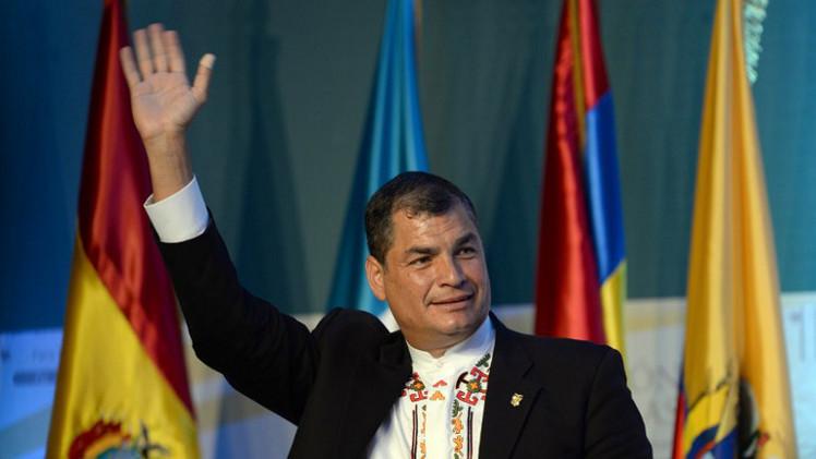 رئيس الإكوادور يؤكد منح اللجوء لمؤسس