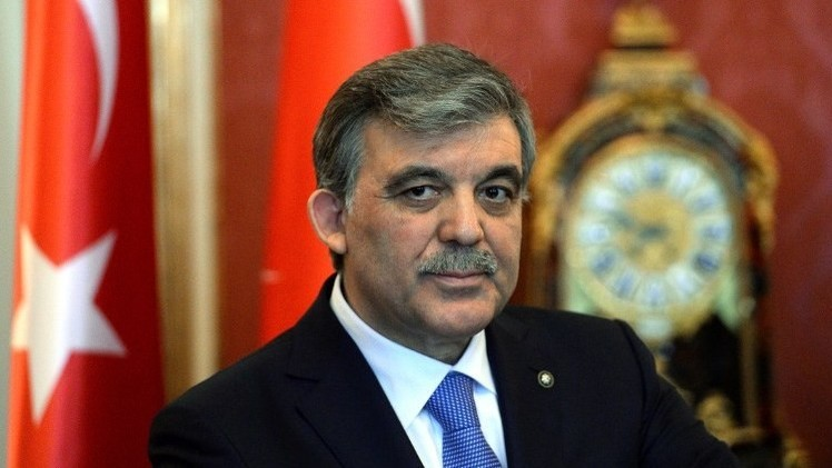 عبد الله غل: أوغلو سيخلف أردوغان في رئاسة الوزراء