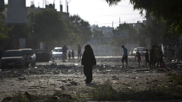 مصر تدعو إسرائيل والفلسطينيين إلى استئناف المفاوضات