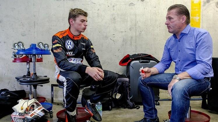 شاب هولندي عمره 16 عاما يصبح أصغر سائق في الفورملا-1