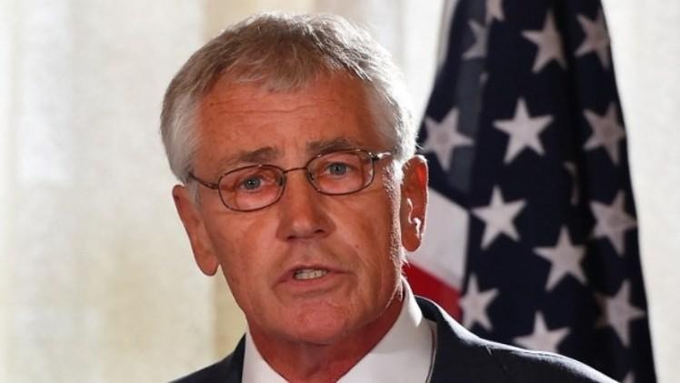 وزيرا الدفاع الأمريكي والأوكراني يبحثان الوضع في شرق أوكرانيا