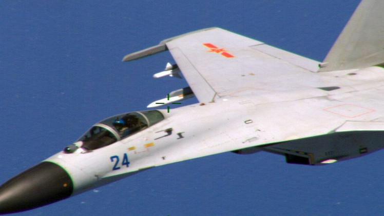 مقاتلة صينية اقتربت بشكل خطر من طائرة حربية أمريكية شرق الصين