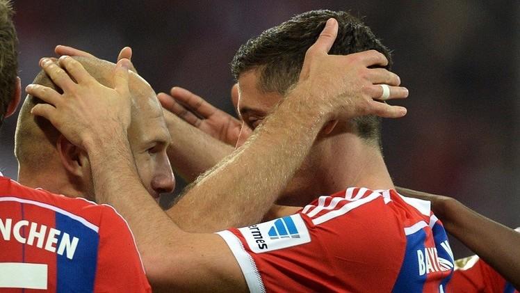 بايرن ميونيخ يبدأ حملة الدفاع عن لقبه بفوز صعب على فولفسبورغ 2-1
