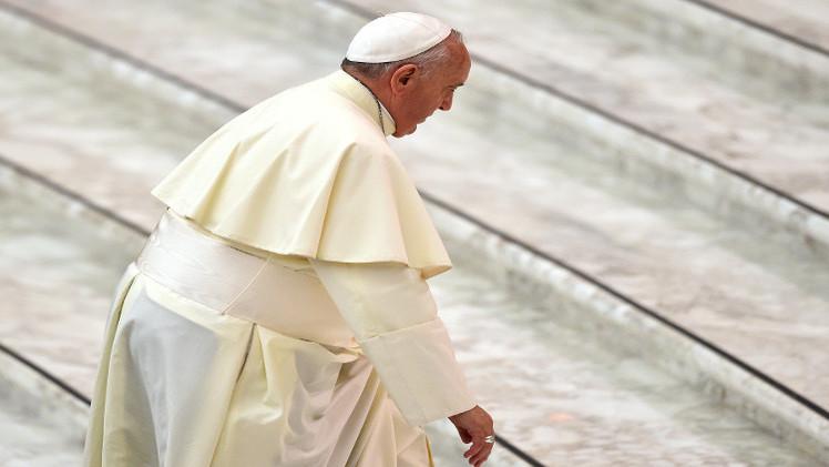 بابا الفاتيكان يخصص مليون دولار للمسيحيين النازحين في العراق