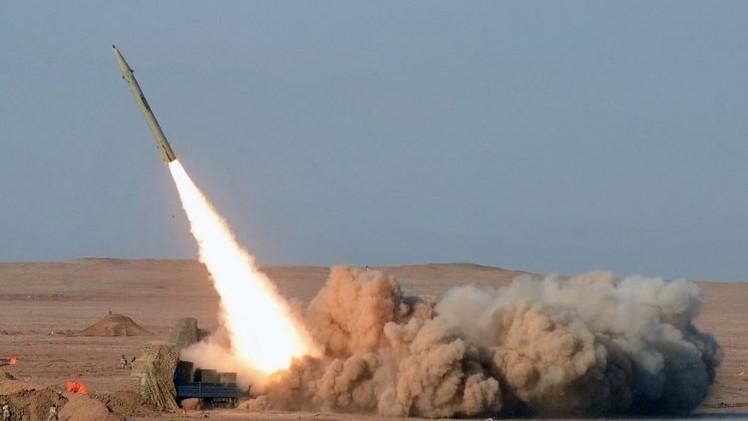إيران تعرض جيلا جديدا من الصواريخ