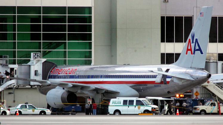 طائرة ركاب أمريكية تهبط اضطراريا بسبب خبر في تويتر