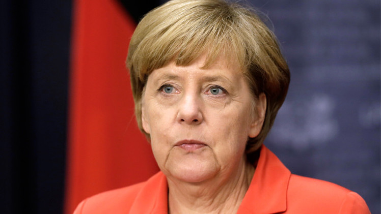 ميركل: أزمة أوكرانيا  تضر بالاقتصاد الألماني
