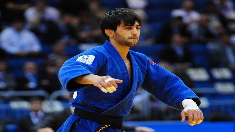 الروسي مودرانوف يكتفي بفضية بطولة العالم للجودو