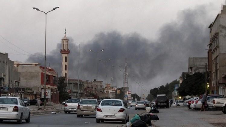 ضرب مطار شرق بنغازي بالصواريخ