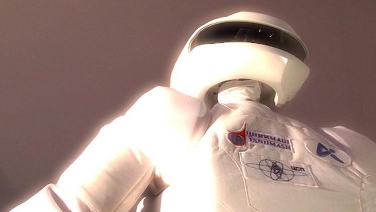 روسيا تصنع روبوتا للعمل في المحطة الفضائية الدولية