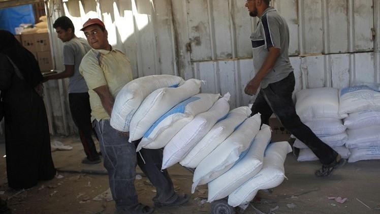 قافلة تابعة لبرنامج الأغذية العالمي تصل إلى غزة