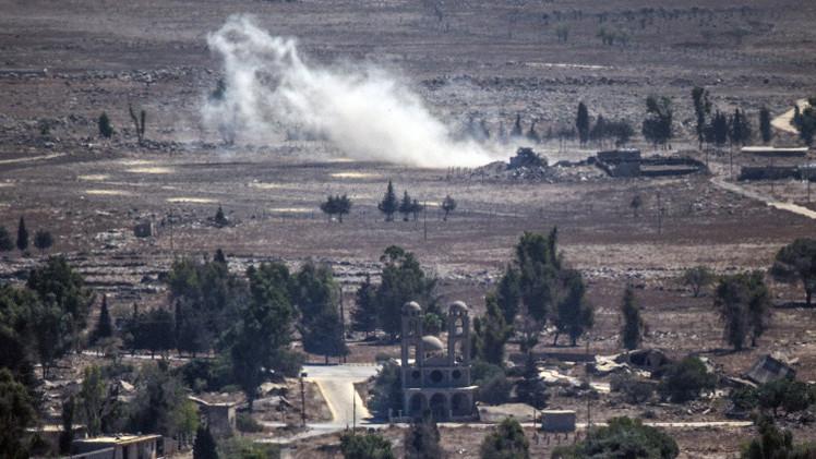 مقاتلات سورية تقصف موقعا تسيطر عليه المعارضة على الحدود مع اسرائيل