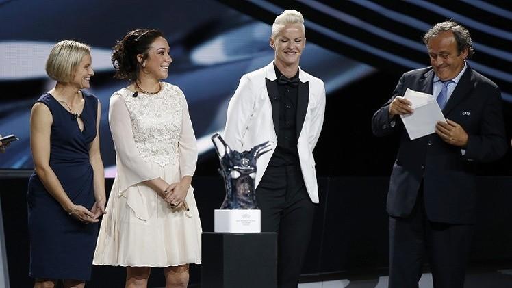 الألمانية نادين كيسلر  أفضل لاعبة في أوروبا لعام 2014