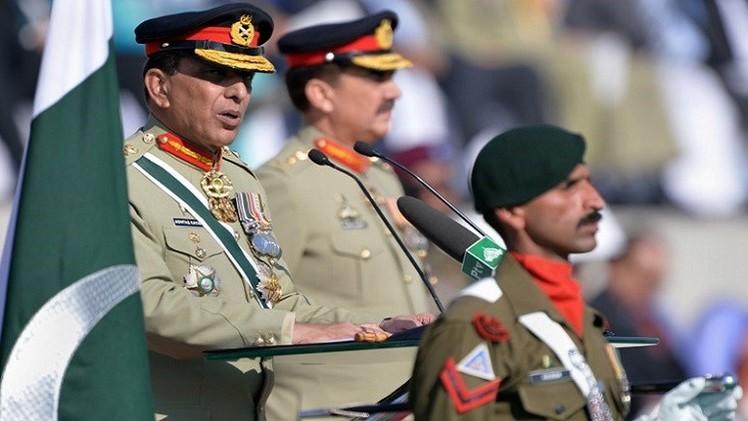 الجيش الباكستاني يتدخل من جديد في تحديد مستقبل البلاد السياسي
