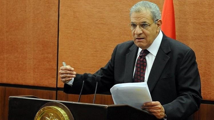 محلب: مصر ليست في حاجة لأن يعلمها أحد الديمقراطية