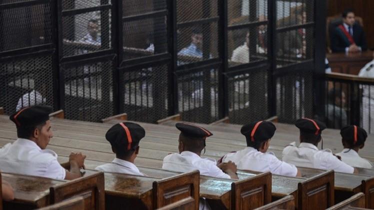 مصر.. الإعدام لـ 6 من جماعة الإخوان والمؤبد لمرشدها و7 من قيادييها