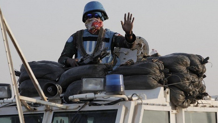 جنود حفظ السلام الفلبينييون يفرون إلى مكان آمن في الجولان