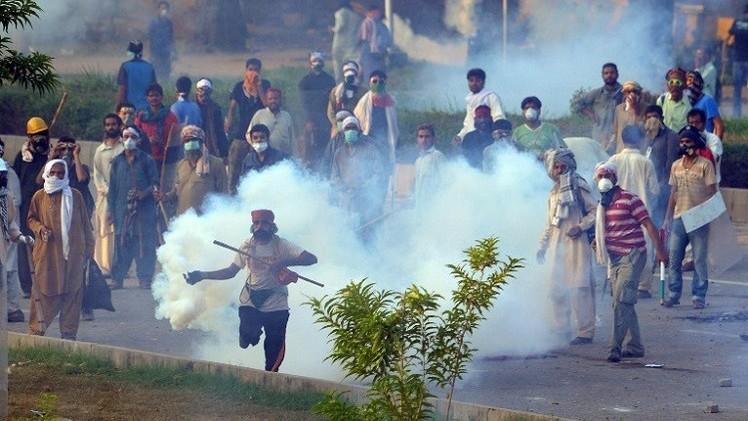 ارتفاع حصيلة ضحايا الاشتباكات بين قوات الأمن الباكستانية والمتظاهرين الى 10 قتلى