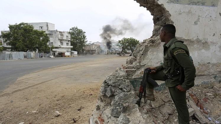 الجيش الأمريكي يعلن تنفيذه عملية ضد حركة الشباب الصومالية ويتستر على نتائجها