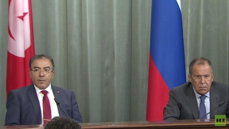 لافروف: لا يمكن دعم مكافحة الإرهاب في العراق والتغاضي عنه في سورية