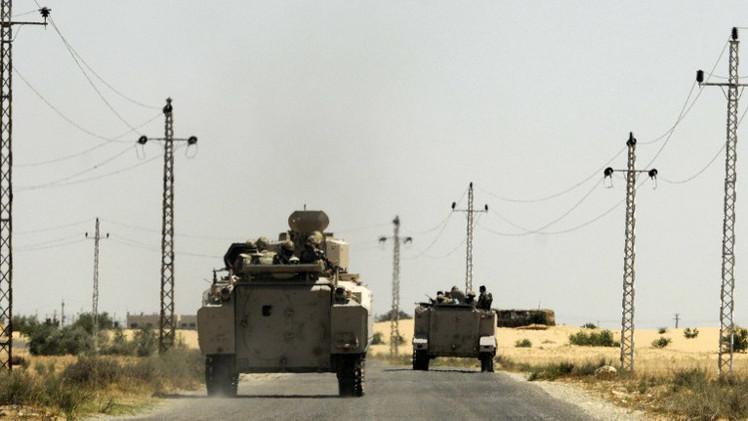 مراسلنا: مقتل 11 عسكريا مصريا على الأقل في هجوم على قافلة عسكرية بسيناء