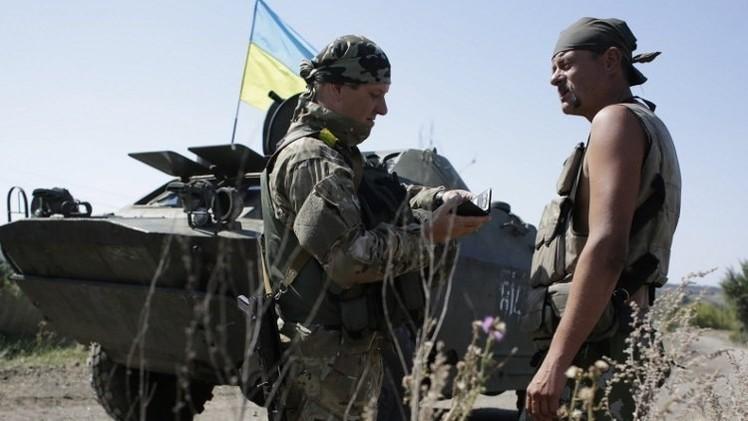 قوات الدفاع الشعبي تعلن استعادة السيطرة على مطار دونيتسك