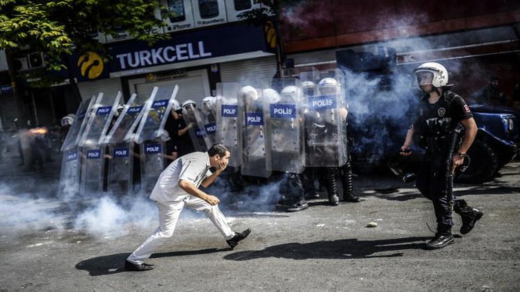 السجن 8 سنوات لشرطي تركي بتهمة قتل متظاهر عام 2013